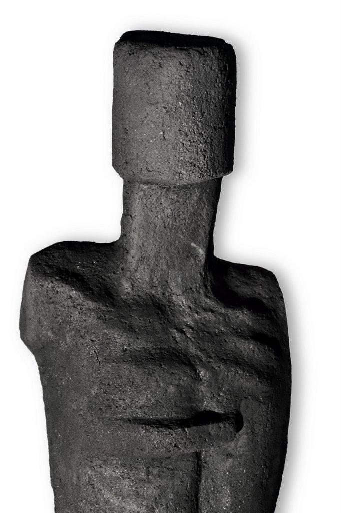 männlicher Torso IV - grob schamottierter Ton Rakubrand   140 cm